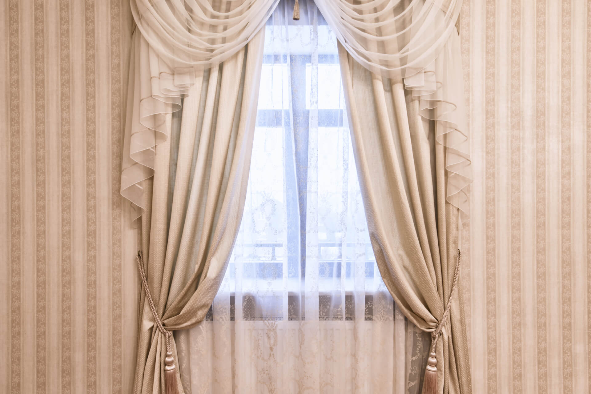 tendaggi-per-alberghi-e-strutture-ricettive-innamorati-tessuti